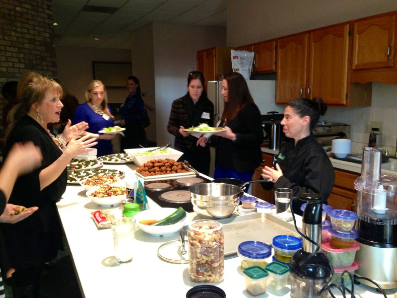 bizwomen-buffet-with-people-2_sm
